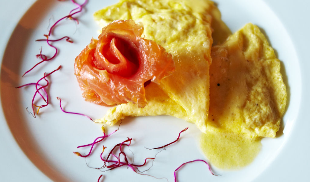 Salmon and omelete